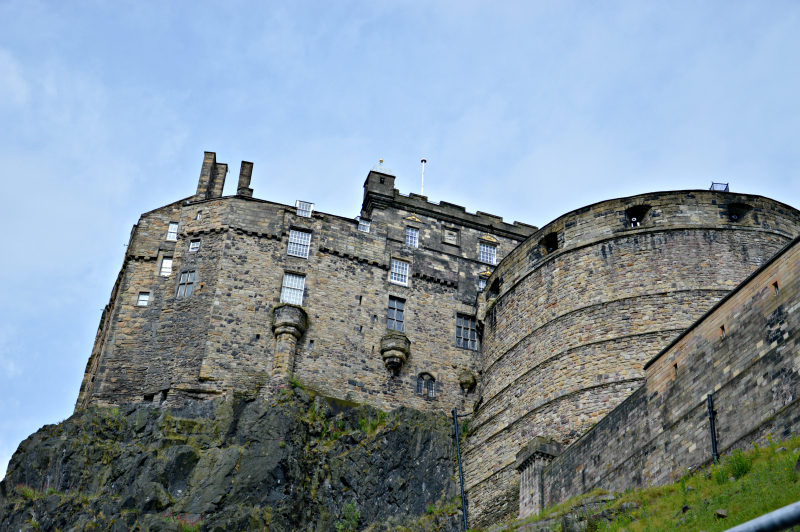 2.edinburgh castle