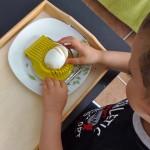 Cortar un huevo – Egg Cutting