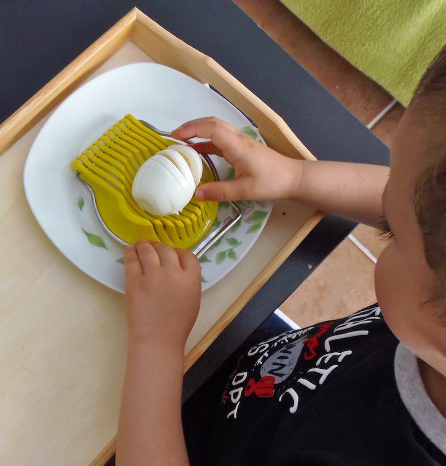 Cortar un huevo