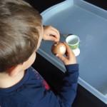 Pelar un huevo – Egg peeling