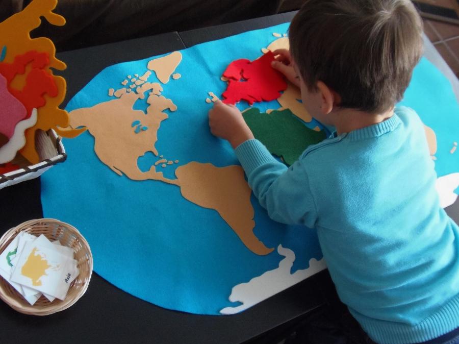 Mapamundi fieltro - Montessori en Casa