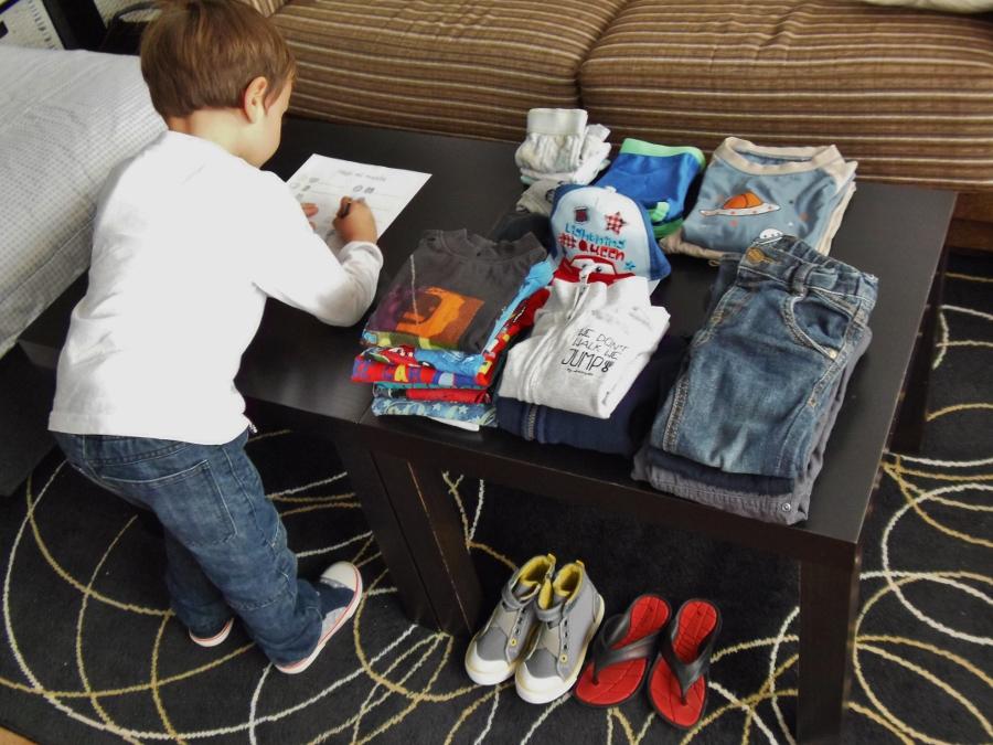 Hago mi maleta - Montessori en Casa