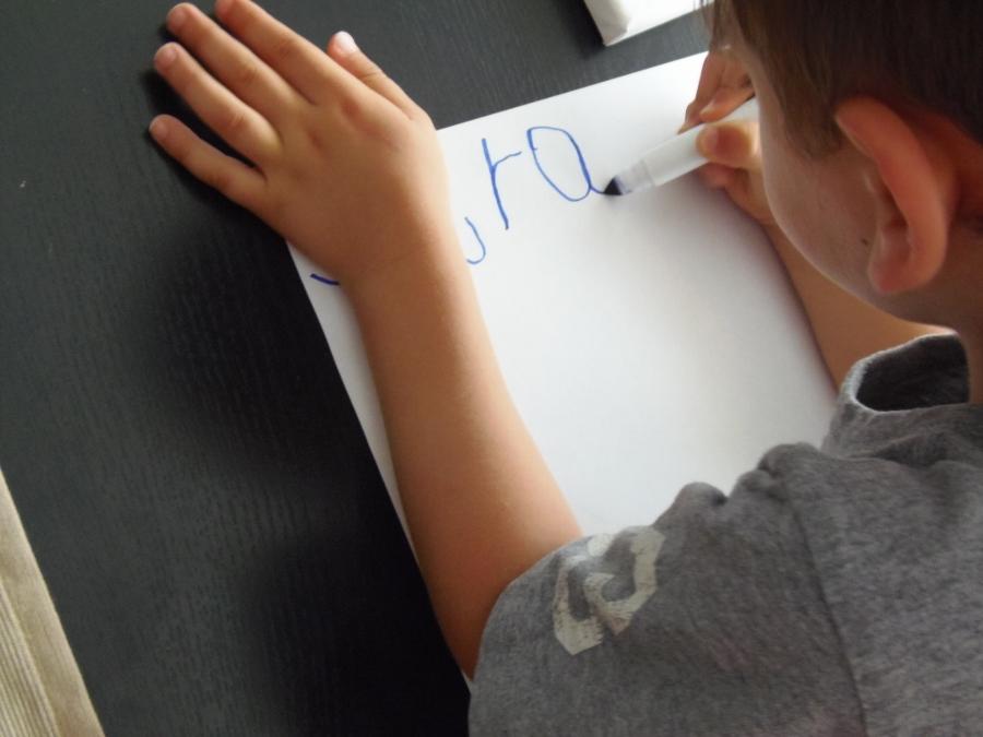 Escribir - Montessori en Casa