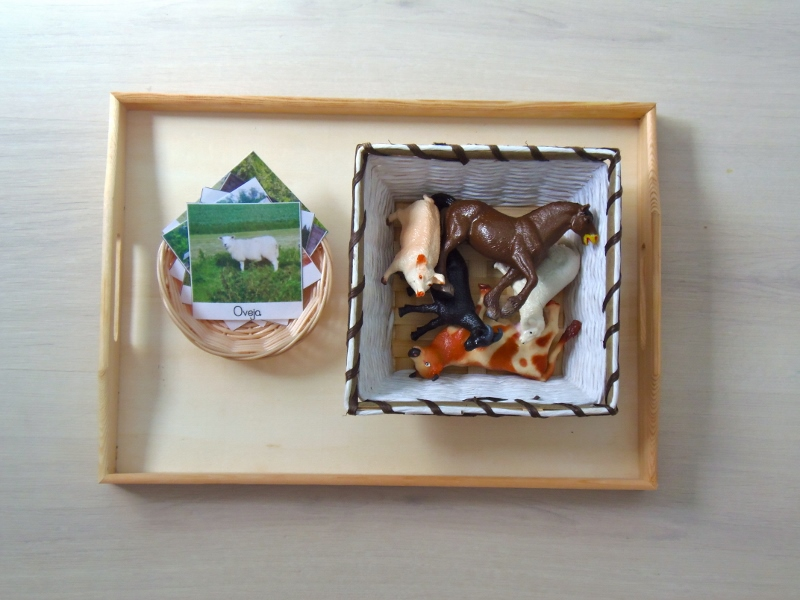 Montessori en Casa: Tarjetas animales de la granja
