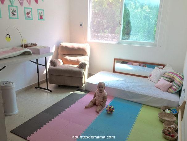 23 habitaciones de beb inspiradas en montessori for Cuartos montessori para ninas