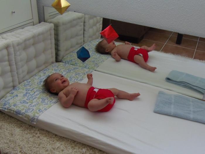 Super Los móviles de bebé Montessori - Montessori baby mobiles  IC59