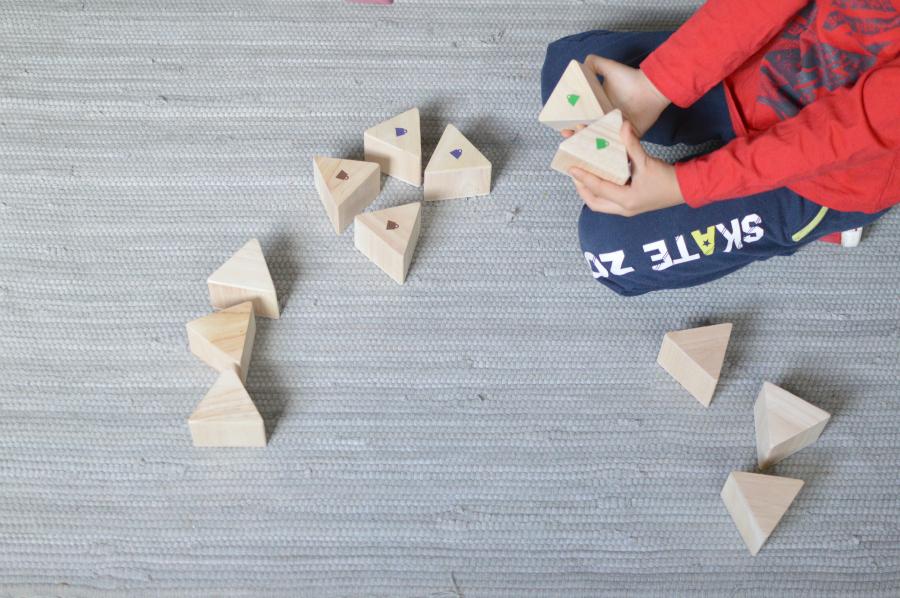 prismas peso - Montessori en casa 3