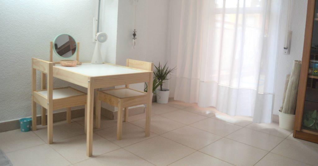 salon mesa y tapetes